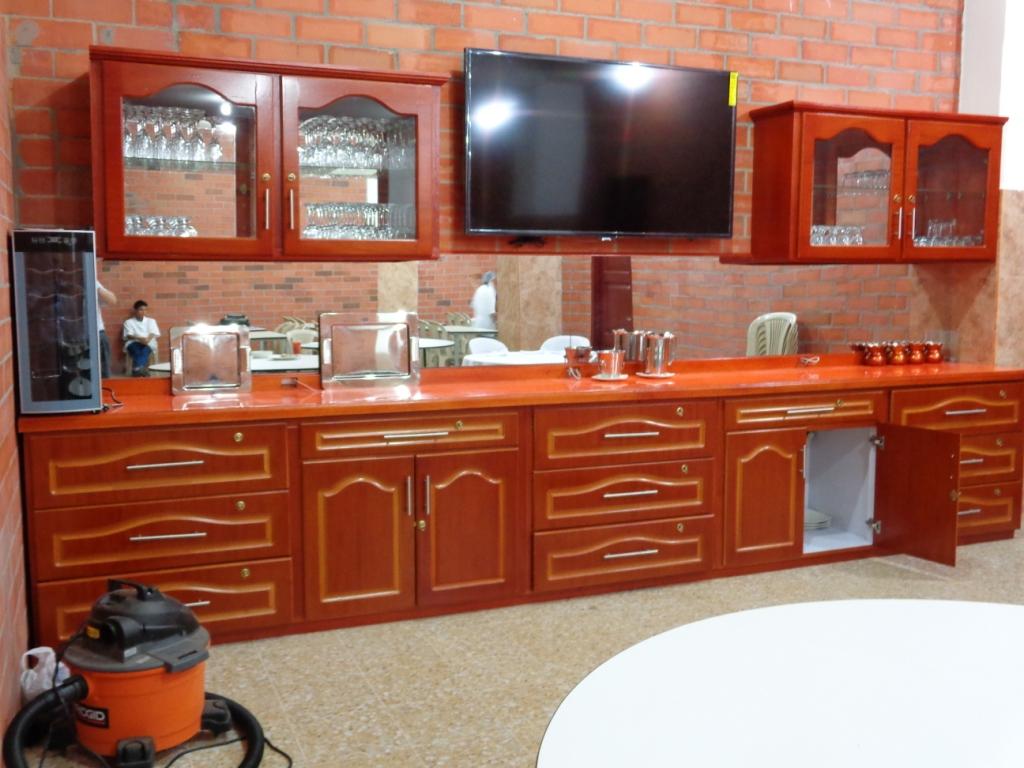 El servicio de mesa es un elemento muy atractivo en Hotelería y Turismo